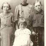 Systkinin Ella, Svanhvít, Friðrik og Matthildur